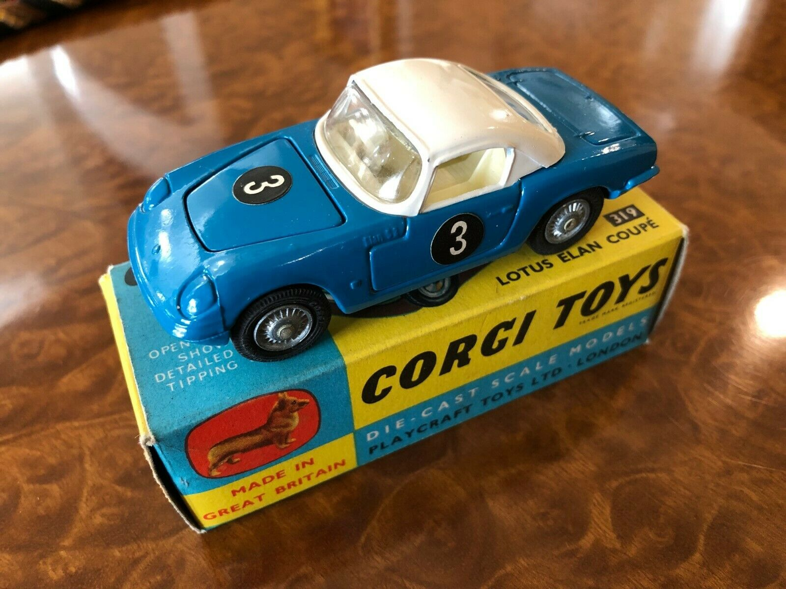 Vintage Corgi Toys MIB Lotus Elan Coupe No. 319