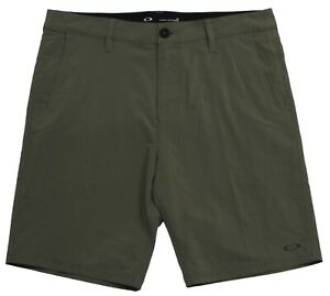 Oakley-Eris-Shorts-Mens-Size-32-M-Dark-Brush-Green-Casual-Boardies-Walkshorts