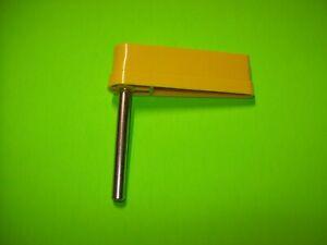Pinball-Machine-1-Yellow-Flipper-Bat-w-Shaft-No-Logo-Stern-Bally-Williams-3-034