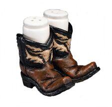Salz und Pfefferstreuer im Westernstyle Cowboystiefel Boots