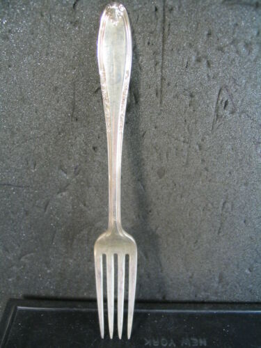 "Sterling Manchester LEONORE FORK 7/"" NM"