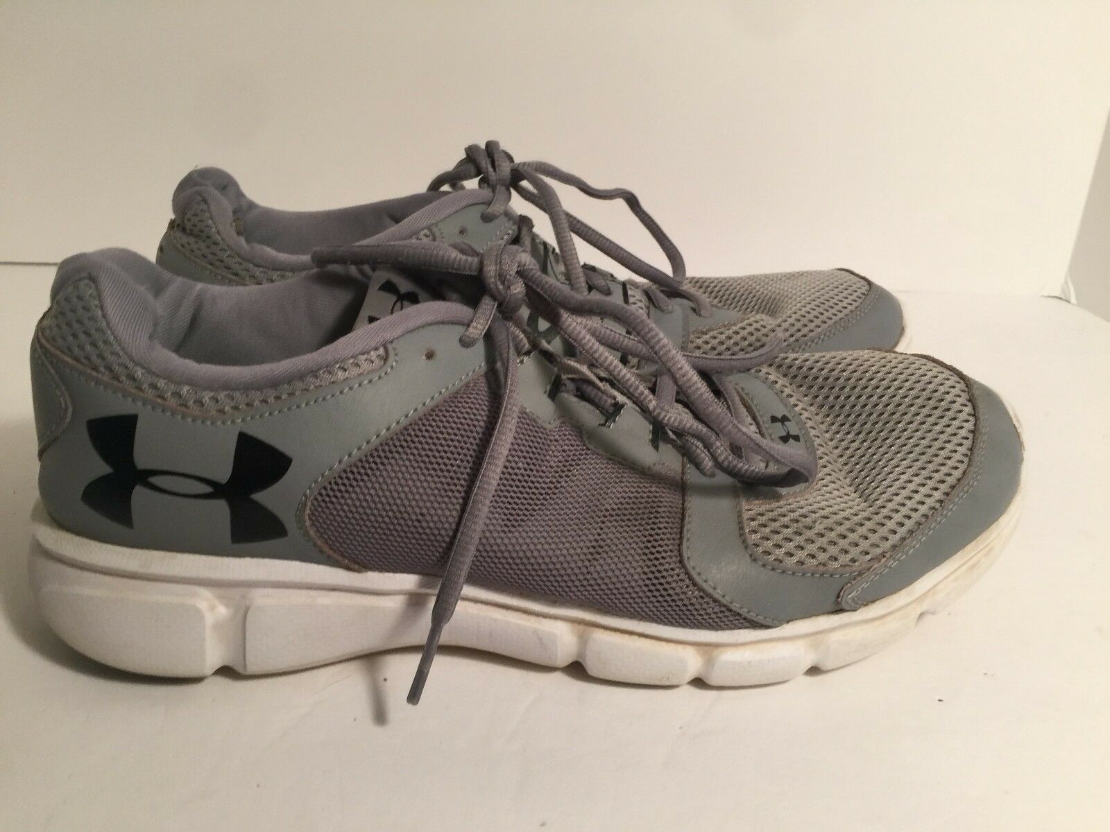 6ecfe2b08a4aa UNDER ARMOUR Mens Athletic Shoes Low Top Gray Gray Gray Size 10.5 a85f99