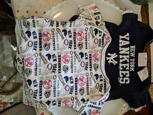 MLB 3 PIECES NEW YORK YANKEES INFANT BABY GIRL/'S BASEBALL CREEPER SET 0-3M