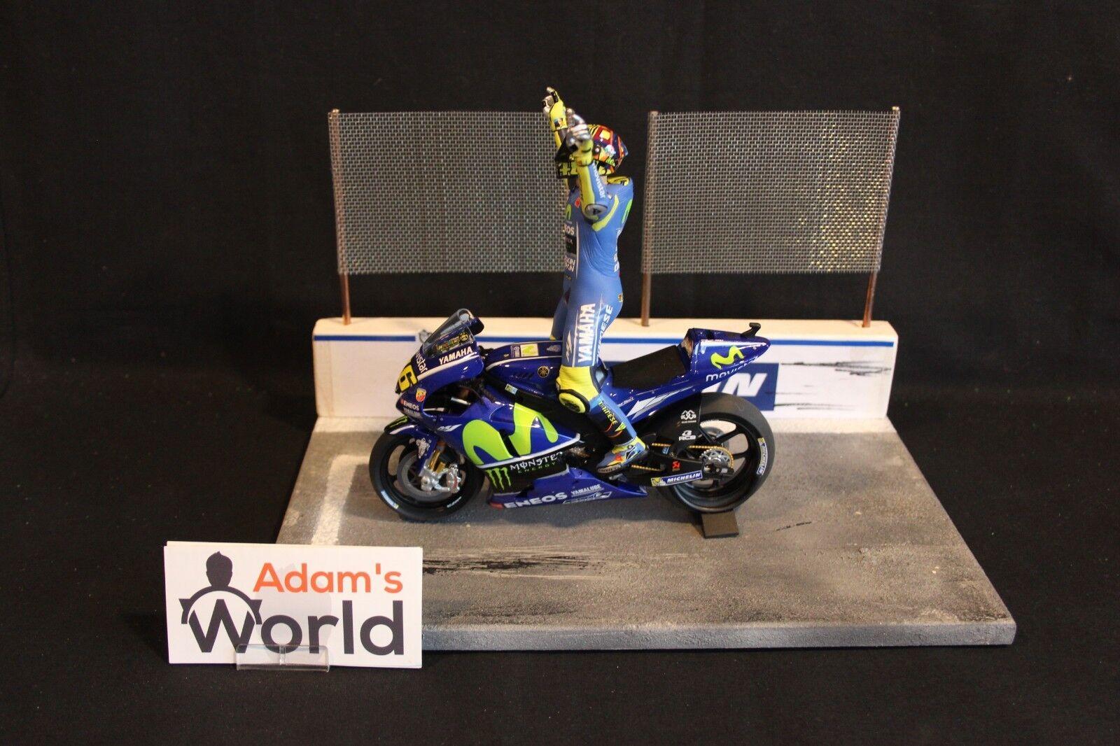 qualità di prima classe Minichamps Moviestrella Yamaha MotoGP YZR-M1 2017 1 12 12 12  46 Valentino Rossi (ITA) TT  autentico online