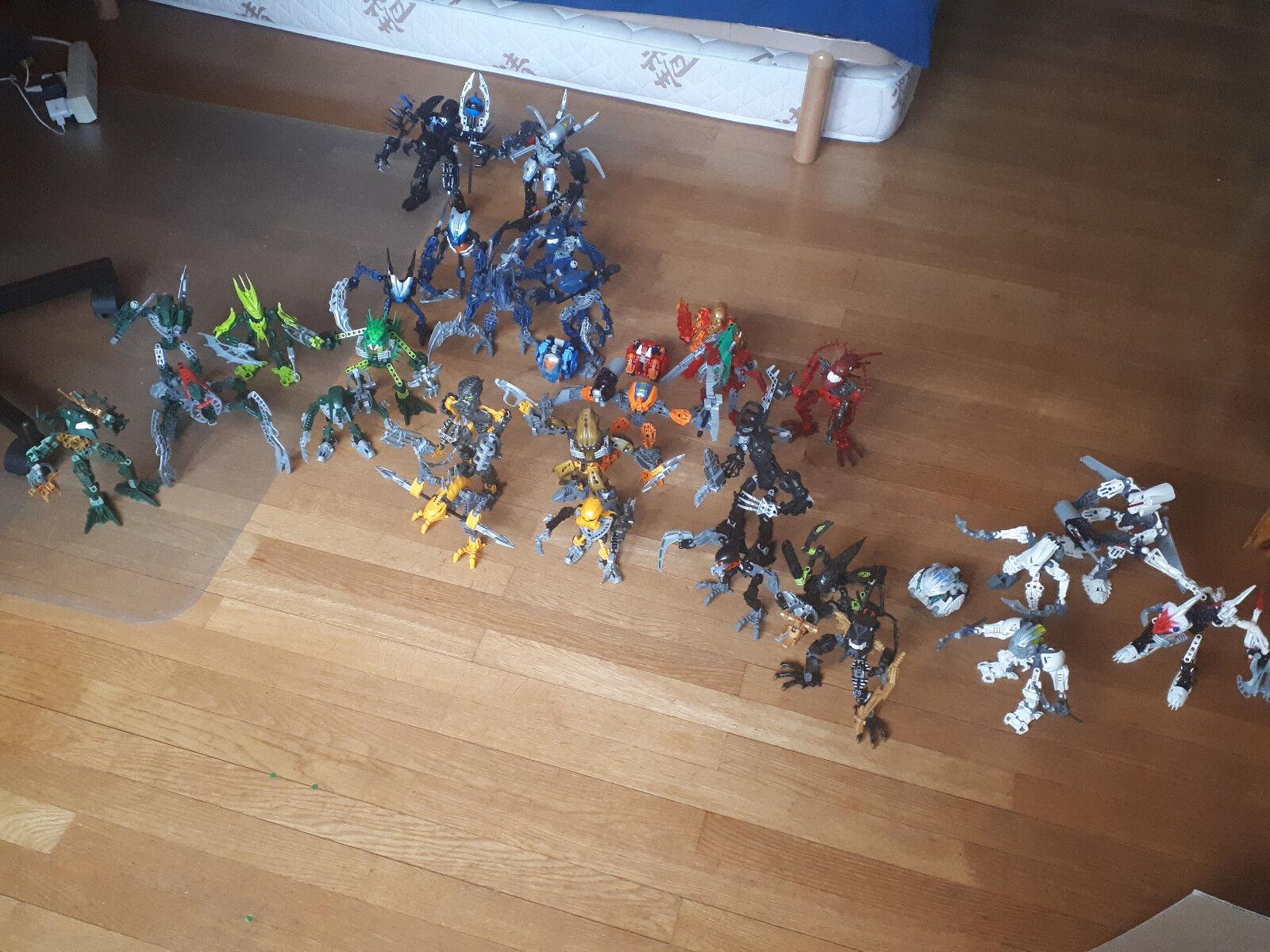 32 Bionicles de plusieures générations en bon état, avec projectiles inclus