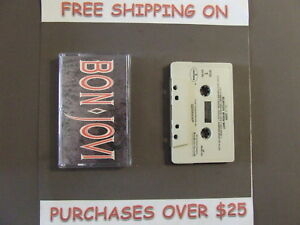 BON-JOVI-SLIPPERY-WHEN-WET-CASSETTE-034-LIVIN-ON-A-PRAYER-034-WANTED-DEAD-OR-ALIVE-34