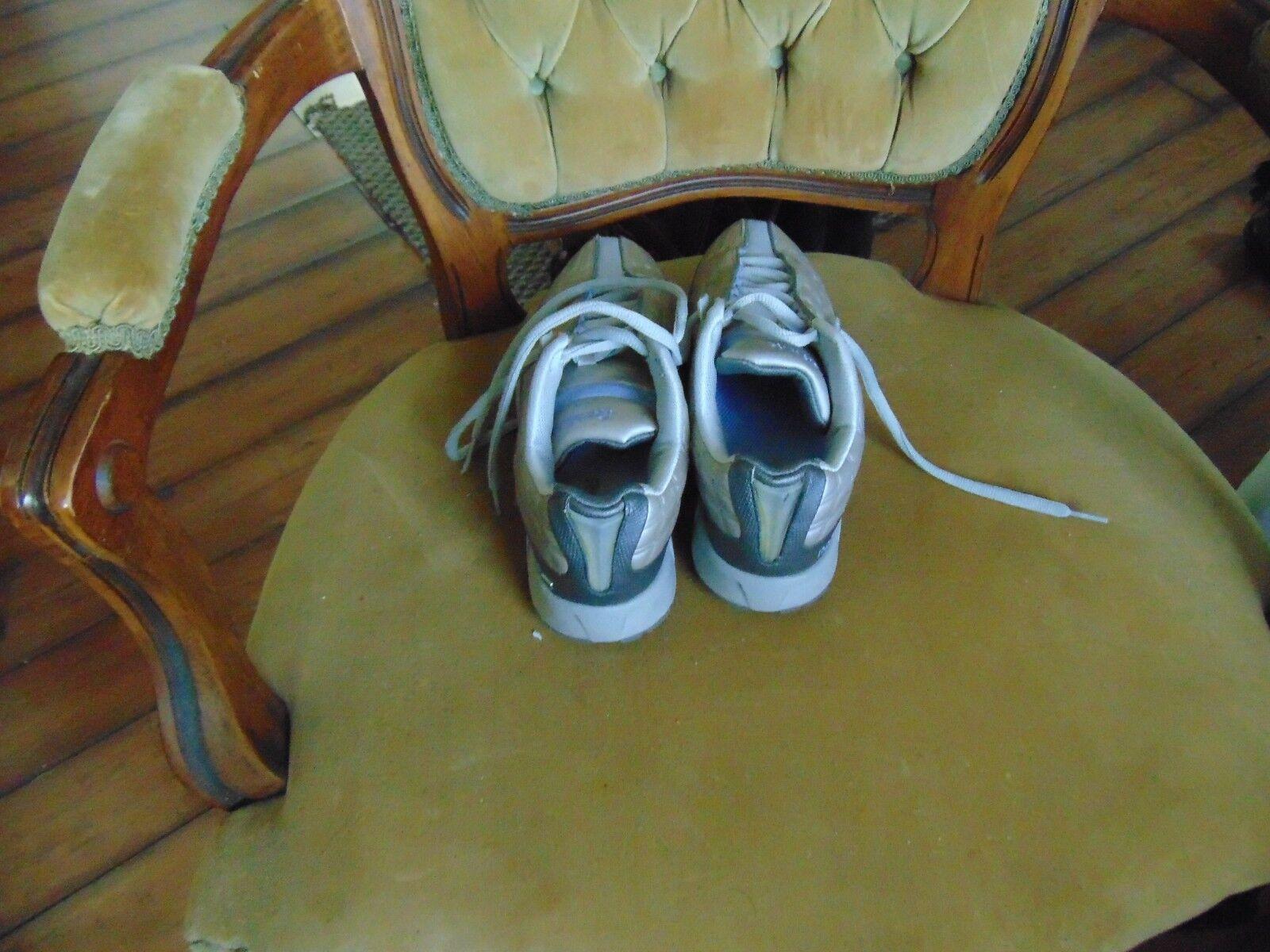 Reebok Classic Mustang Womens shoes size 7 1 1 1 2 Excellent Condition Shop Waz 4 it d4211b