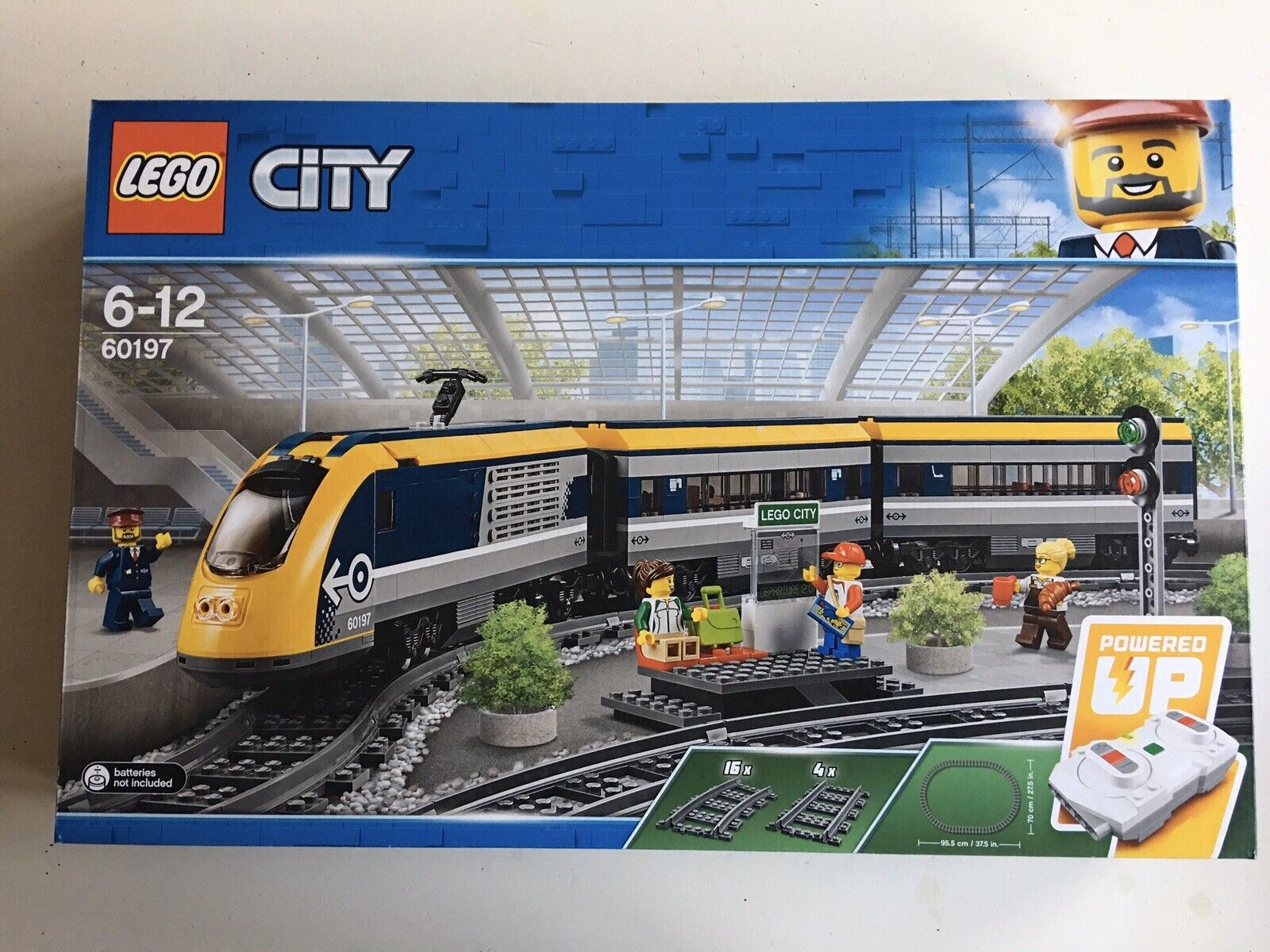 New Sealed Lego 60197 Passenger Train
