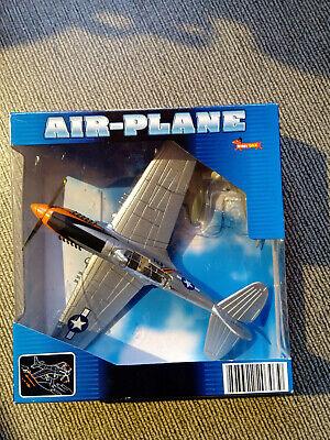 NewRay Hobby Dax Air-PLANE AVION p-51 M aufziehmechanismus 1:48 NOUVEAU