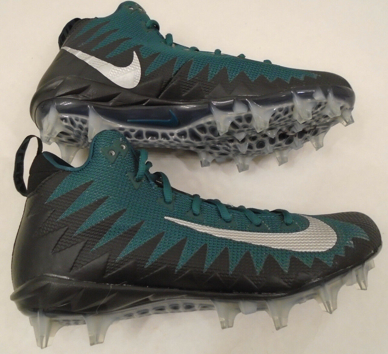 NEW Nike Alpha Menace Mens Size 9 Pro Mid Football Cleats Blk & Green 915414 024