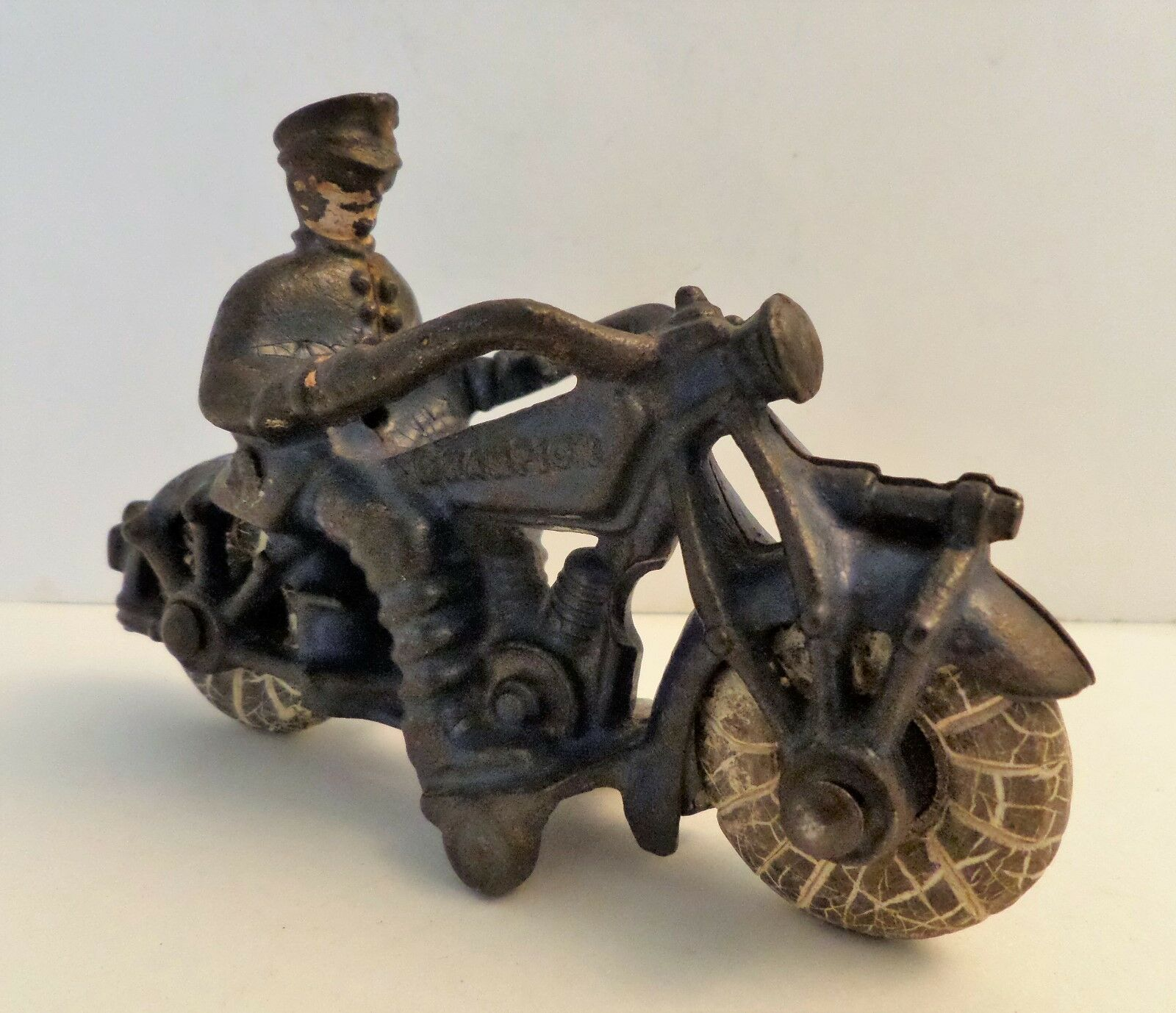 CHAMPION 1930's CAST IRON blueE MOTORCYCLE 5  TOY HUBLEY ARCADE