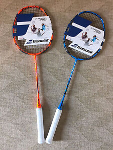 BABOLAT S-SERIE 700 Badmintonschläger Badminton Racket bespannt inkl ... 6b92507005bb7