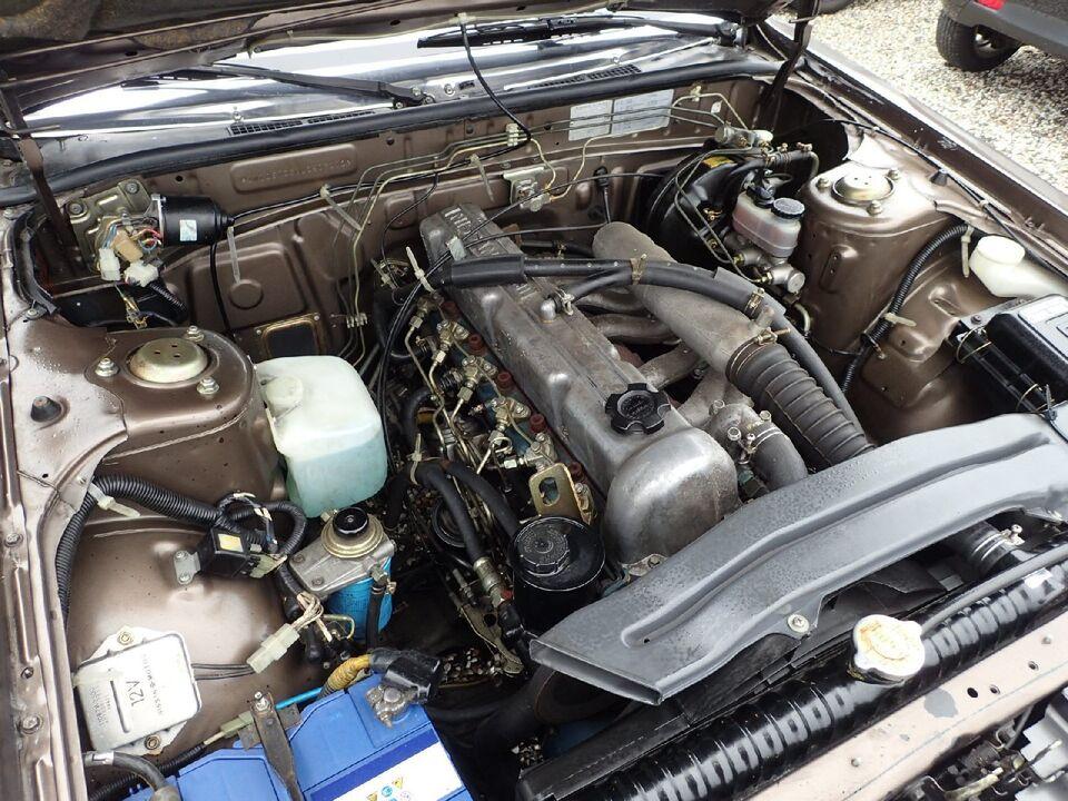 Nissan Laurel 2,8 Diesel modelår 1984 km 42000 Brunmetal