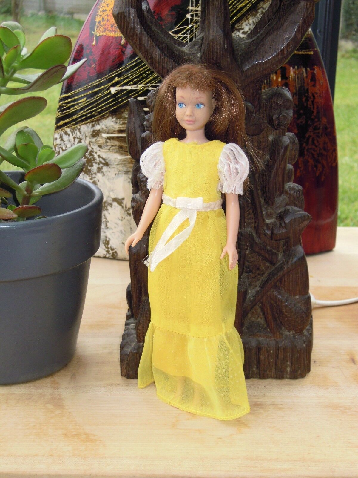 1964 SKIPPER HABILLEE CHEVEUX CHATAIN   AUBURN EN BON ETAT   BARBIE