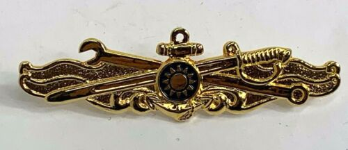 Details about  /Taiwan Navy Engineering Officers Warfare Badge
