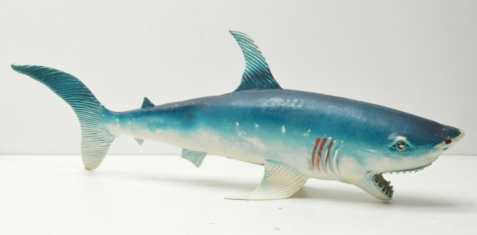 GREAT Weiß SHARK JAWS IMPERIAL TOYS FIGURE VINTAGE 15IN LONG 1983