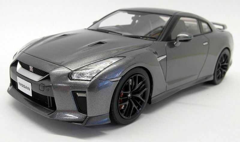 Tarmac 1 18 Scale Resin - T11-MG Nissan GT-R R35 2017 Dark Metal grau