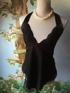 bebe-Black-Asymmetrical-Halter-Lace-amp-Chiffon-Blouse-Size-M