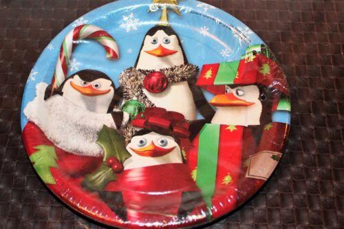 NEW MERRY MADAGASCAR  CHRISTMAS PENGUINS DESSERT PLATES  PARTY SUPPLIES