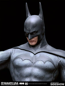 BATMAN-by-Luis-Royo-Fantasy-Figure-Gallery-FFG-Resin-Statue-by-Yamato-Sideshow
