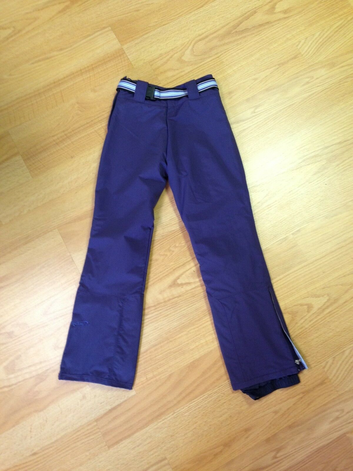 Obermeyer  Women's Anarchy Pant Sz 6,Skiing,Snowboarding, Winter Apparel  counter genuine