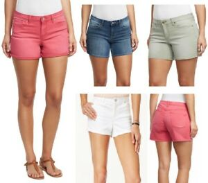 Jessica-Simpson-Rolled-Cuff-Shorts
