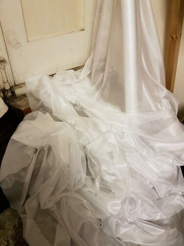 """6M White   dress Chiffon  silver  shimmer soft dress chiffon  58/"""" WIDE"""