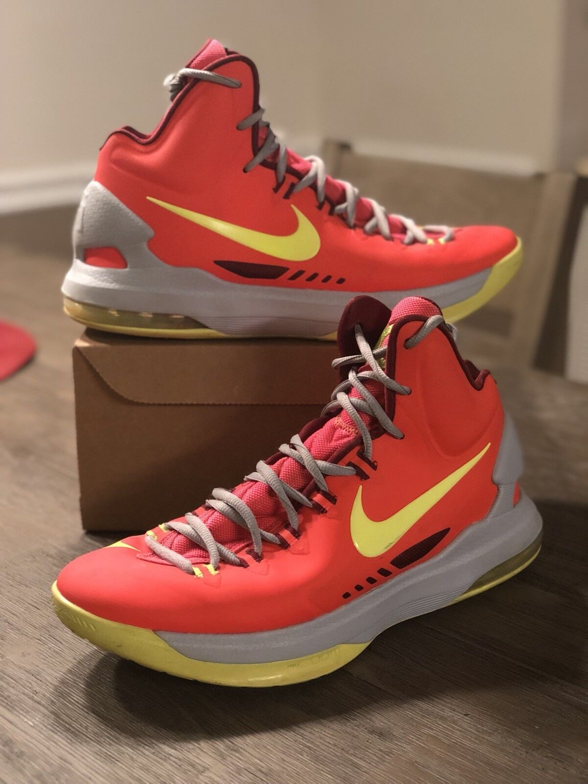 [554988-610] Nike KD Golden V 5 DMV Sz 9.5 Crimson Golden KD State Warriors 3bf234