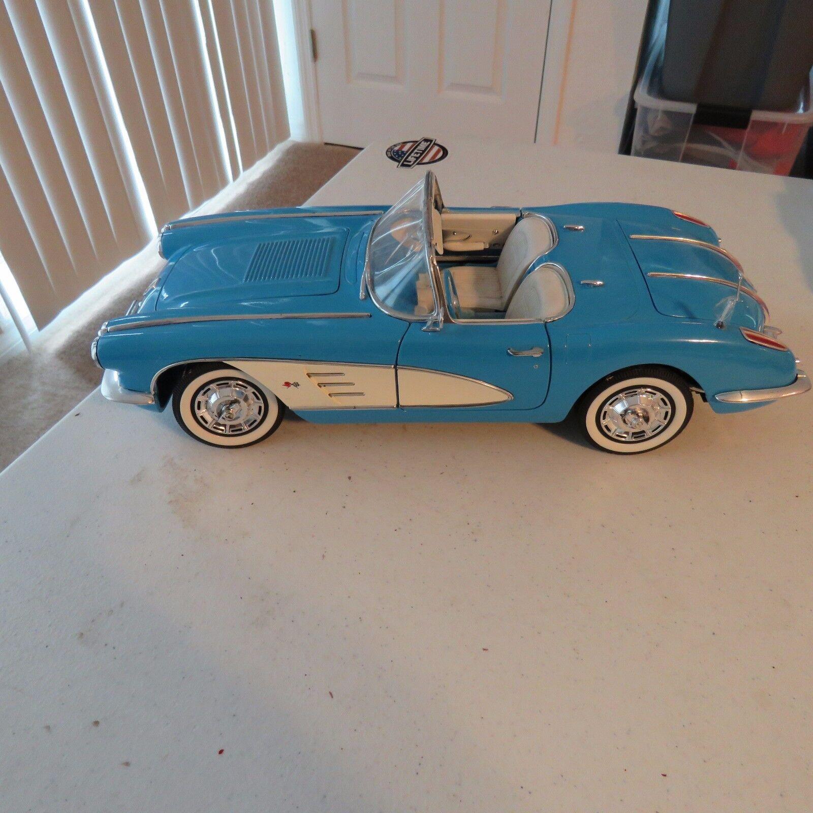 1958 chevy corvette coGrünible 13.12 uhr  kamelhaar skala druckguss getriebe spielzeug