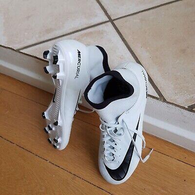 Find Nike Fodboldstøvler Str 40 på DBA køb og salg af nyt