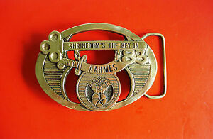 Volkskunst Aggressiv Vintage Wyoming Studio Kunstwerke Shrinedom's The Key In Aahmes Gürtelschnalle Ein Kunststoffkoffer Ist FüR Die Sichere Lagerung Kompartimentiert