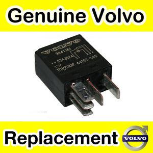 Genuine-Volvo-Central-Trasera-Modulo-Electronico-Rele-V70-S60-S80-XC70-XC90