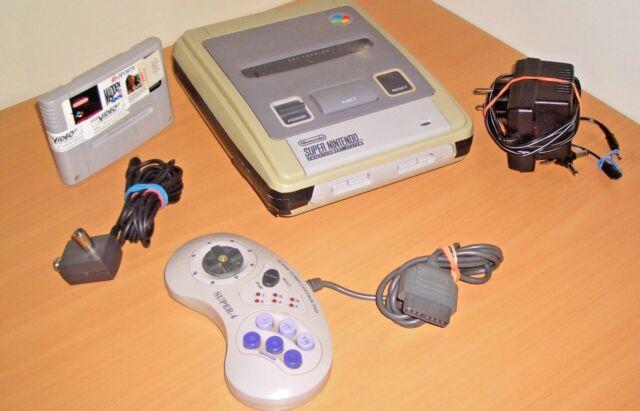 Super Nintendo Entertainment System Konsole SNES + Spiel + Drücker (N2)