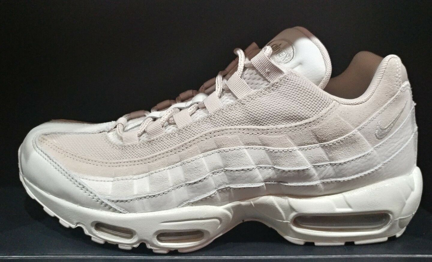 NIKE AIR MAX 95 PREMIUM LIGHT BONE  Price reduction MENS SHOE SIZE 10 New