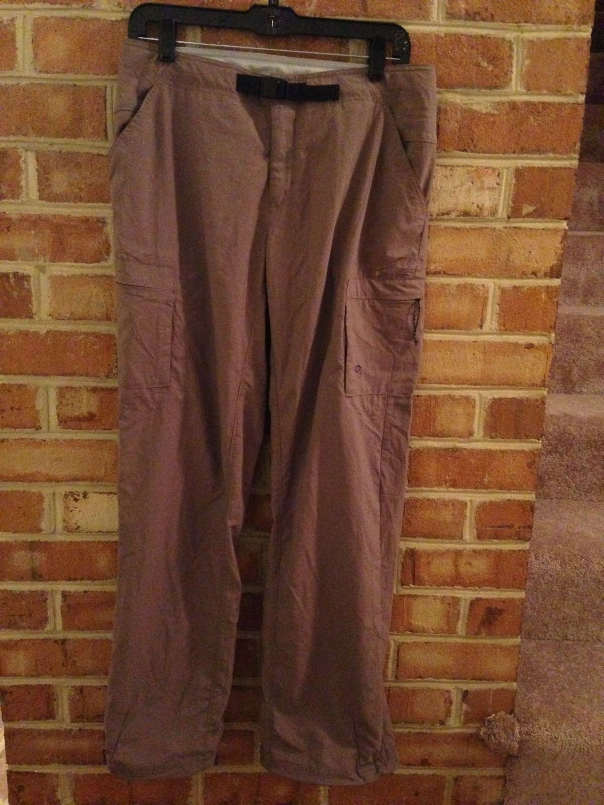 Mountain Hardwear Camping Hiking Brown Cargo Pants Nylon 10 Excellent