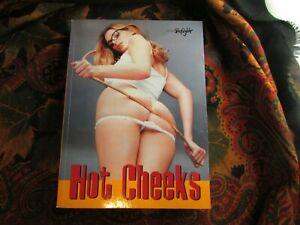 livre-erotique-erotica-photographies-d-art-hot-cheeks-skylight