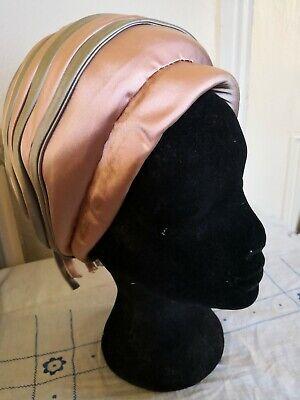 1960s Bespoke Cappello Di Raso A Pieghe-mostra Il Titolo Originale