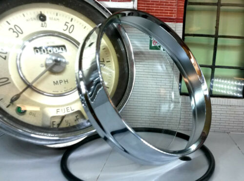 Chrome Bezel Trim /& Glass Morris Minor BMC Traveller Saloon Centre Smiths Speedo
