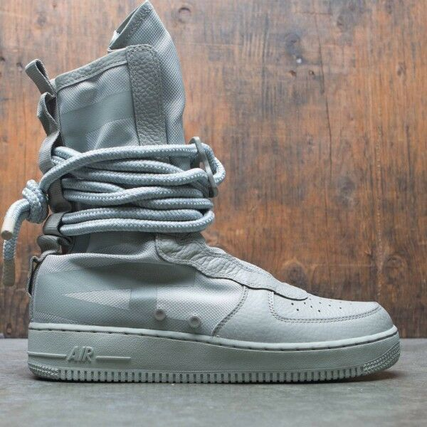 Nike SF Special Field Air Force 1 AF1 Hi Boot Sage Green Size 13. AA1128-201