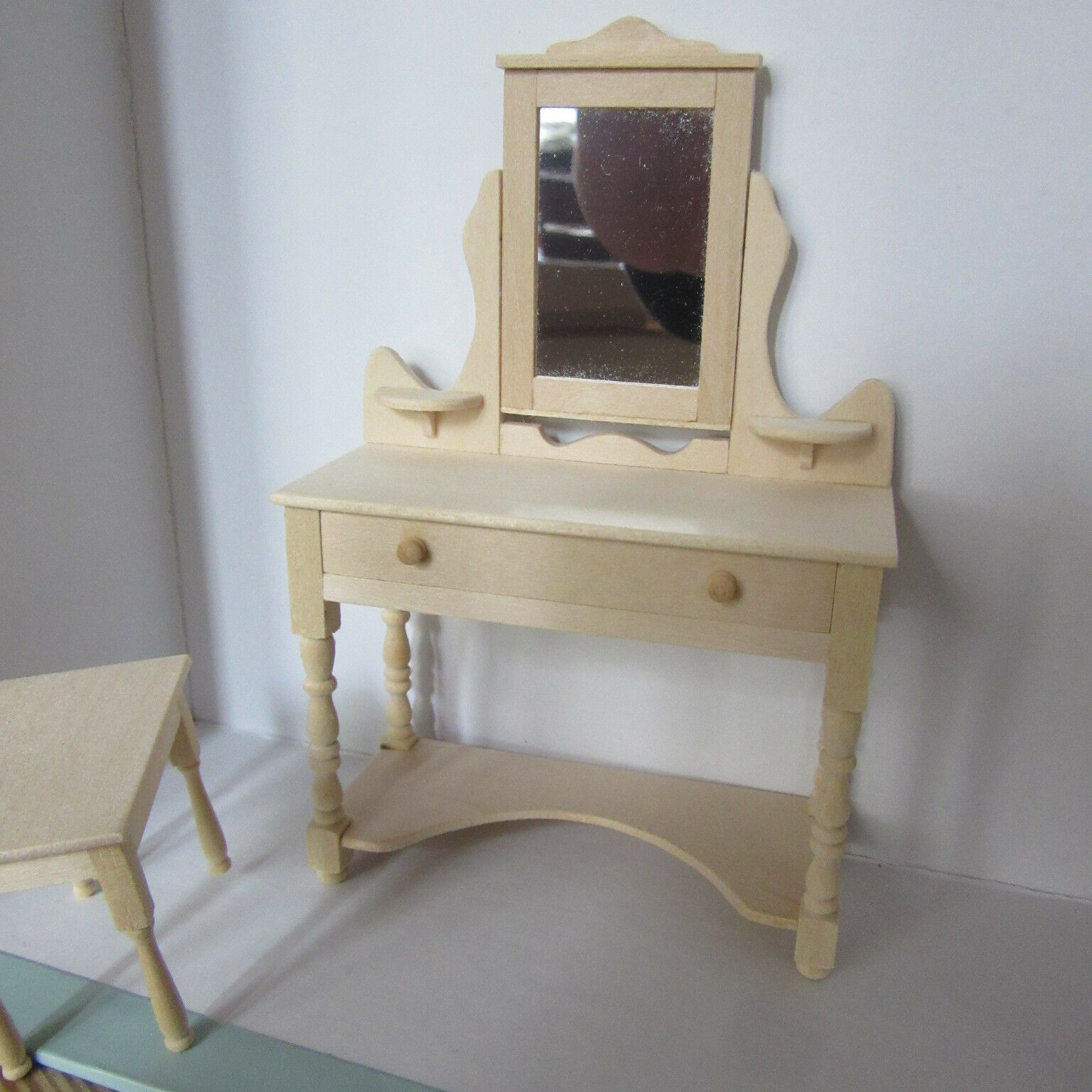Dolls House Furniture  Plain Wood Dressing Table & Stool  BM709