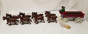 Old Cast Iron 8 Clydesdale Horse Beer budweiser Wagon