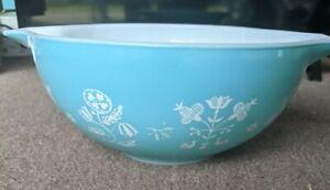 Vintage 2.5 Quart Pyrex Turquoise Needlepoint 443 Cinderella Bowl Promo Rare HTF