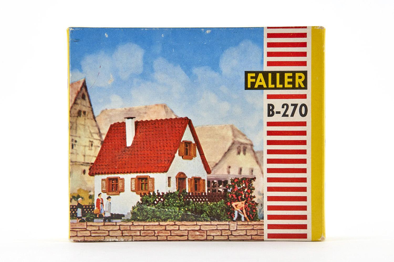 Lot 1811012 Faller b-270 casa con Laube U. giardino, gemischtbauw., h0, 1958-1964
