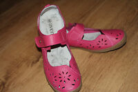 LADIES Avenue PINK LEATHER SHOES SIZE 6 **GOOD CONDITION**