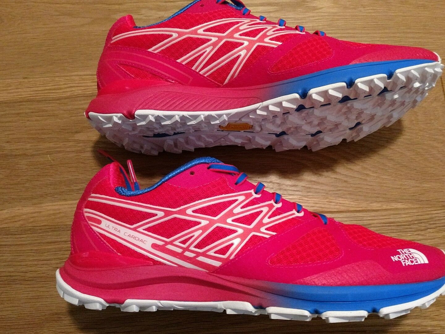 BNWT North Face Women Ultra Cardiac Trail shoes Trainers Red Pink UK 8.5 EU 41.5