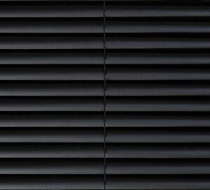 pvc jalousie schwarz rollo falstore lamelle jalousette. Black Bedroom Furniture Sets. Home Design Ideas