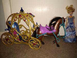 Mattel-Disney-Princess-Horse-drawn-Carriage-2014-amp-Mattel-Cinderella-doll-1999