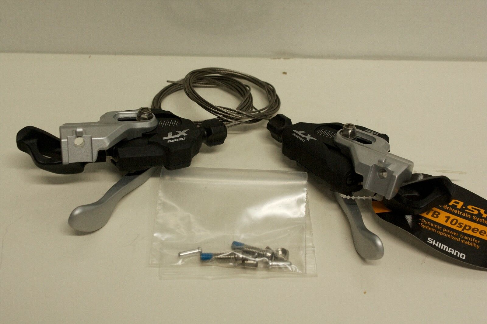 Shimano XT M780I-Spec A 10 speed shifter pods