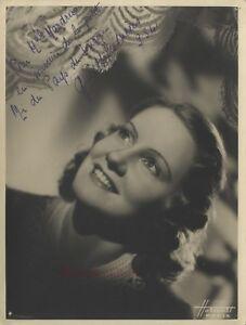 Woman-Portrait-Harcourt-Paris-Dedication-Vintage-Analogue-1941