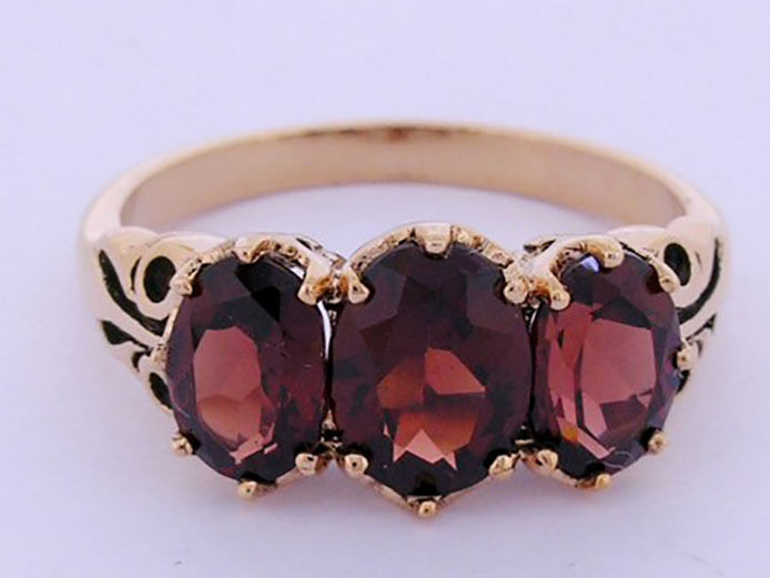 R097 Genuine 9ct Solid pink gold NATURAL Garnet Trilogy Ring Anniversary size O